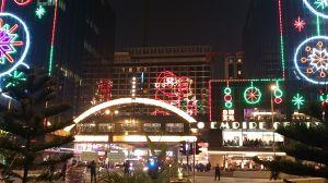尖沙咀東のクリスマスディスプレイ