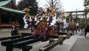 浅草神社のお御輿